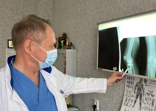 СМИ о нас: В Николаеве врач-травматолог провел современную, востребованную операцию на коленном суставе